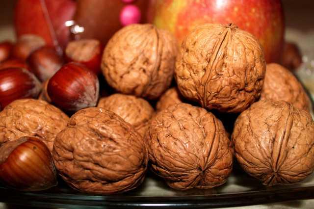 La frutta secca e la dieta mediterranea, alleati del benessere