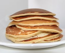 Pancake vegan senza latte né uova: ricetta facile e veloce!