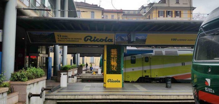 Milano ricola trasforma la stazione coi suoi giardini verticali for Giardini verticali milano