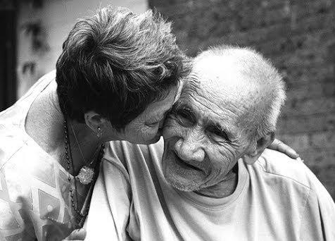 Alzheimer, ora si diagnostica anche monitorando l'andatura del paziente Malattie