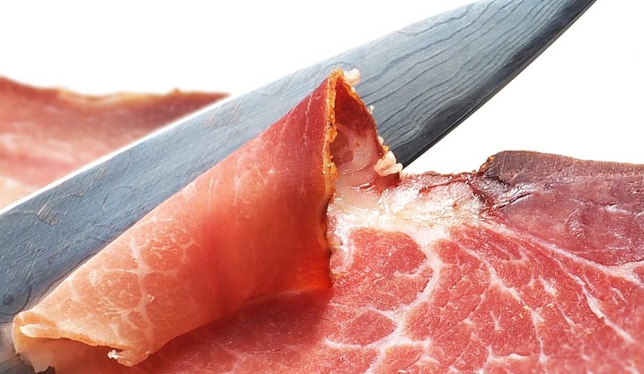 Il prosciutto di scarsa qualità arriva in Italia: Coldiretti lancia l'allarme Dieta