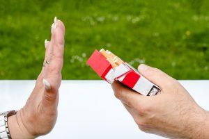 Smettere di fumare fa crescere il seno. Ma non solo! Benessere