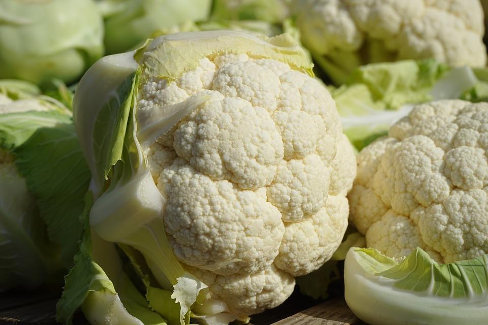 Vellutata di cavolfiore: una ricetta light ricca di proprietà! Ricette dietetiche