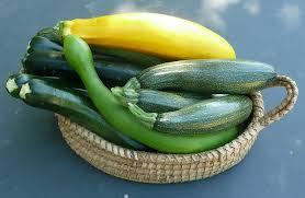 Risotto nelle zucchine con menta e pinoli Ricette dietetiche