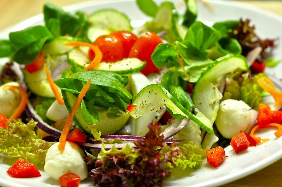 Dieta dell'insalata per perdere 5 chili al mese Dieta