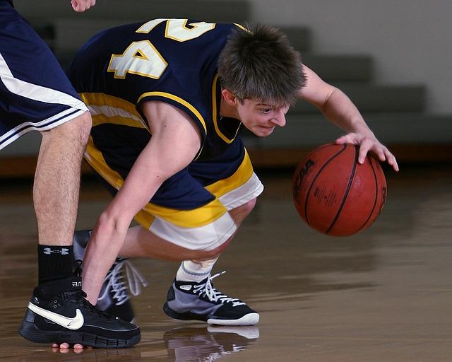 Crampi muscolari alle gambe: rimedi e cause (patologiche e non) Fitness