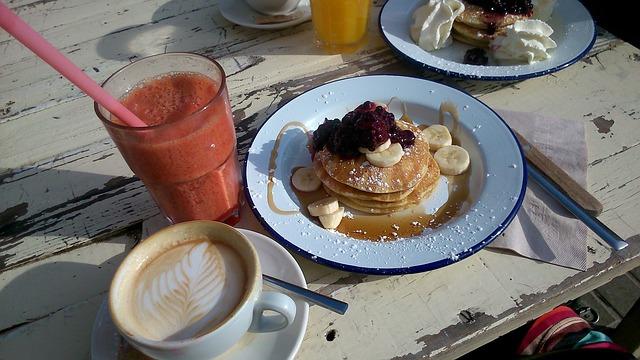 Pancake vegan senza latte né uova: ricetta facile e veloce! Ricette dietetiche