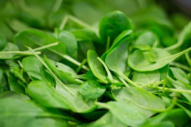 Spinaci: valori nutrizionali e proprietà benefiche Dieta