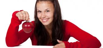 Dieta del sorriso: ecco i cibi che fanno tornare il buonumore