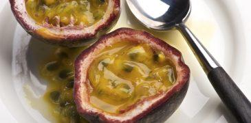 Cinque sorprendenti benefici del frutto della passione Proprietà degli alimenti