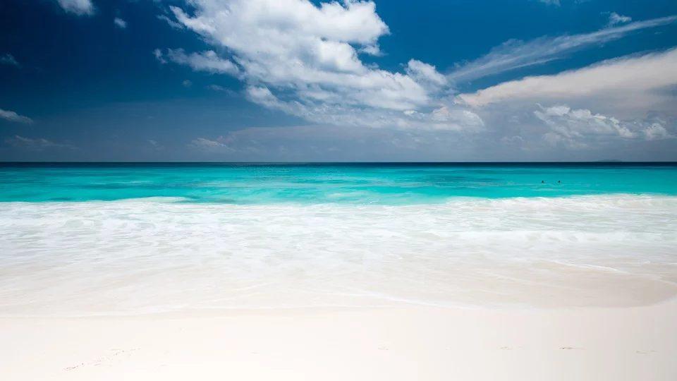 Quattro motivi per cui vivere al mare è ottimo per la salute mentale Benessere