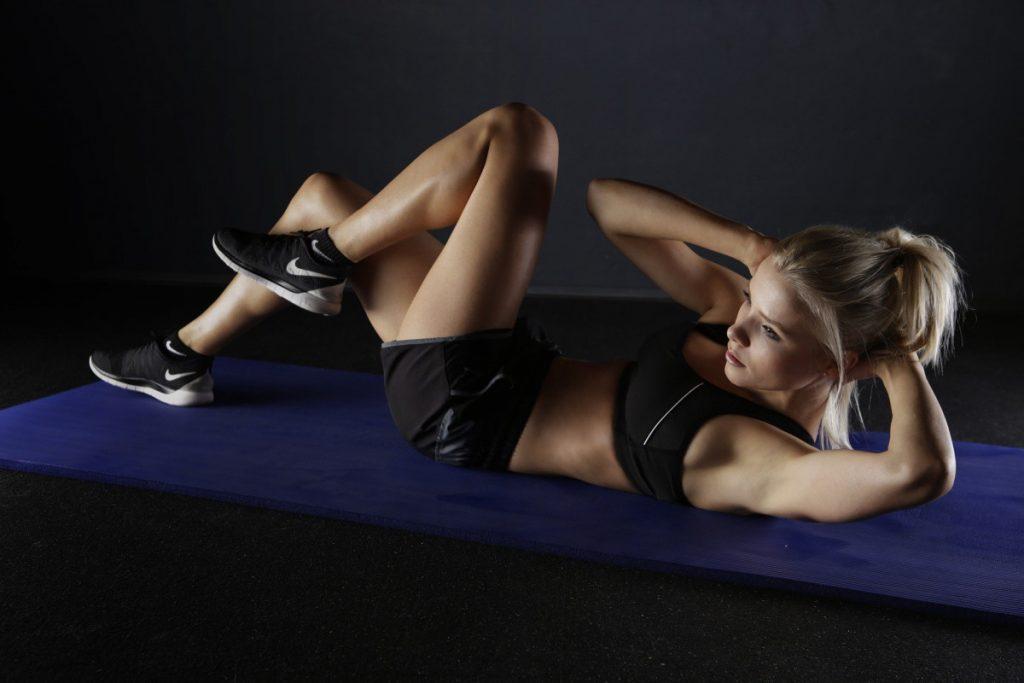 Esercizi addominali personalizzati: i consigli dello specialistazza automatica Fitness