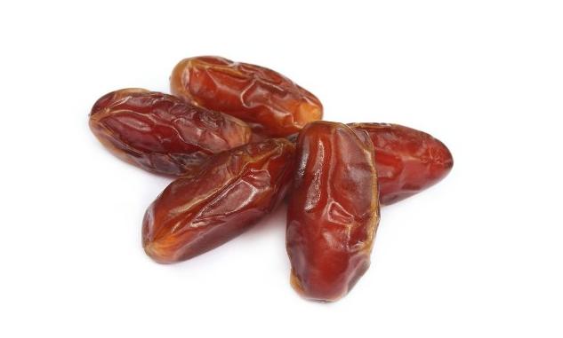 Datteri: sette (importanti) benefici per la salute Proprietà degli alimenti